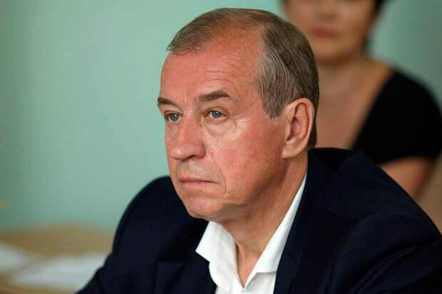 На губернатора Иркутской области и члена КПРФ Сергея Левченко открыта настоящая охота