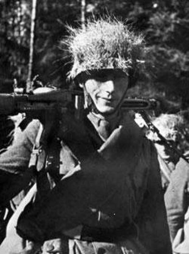 Пулеметчик из дивизии «Литторио» с пулеметом MG 42 Источник: flamesofwar.com - Марионеточный союзник Гитлера | Военно-исторический портал Warspot.ru