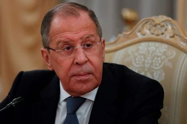 Лавров заявил, что Россия не будет присоединяться к G7