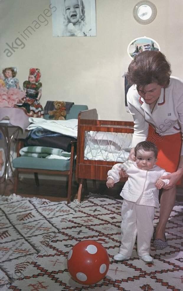 В гостях у простых советских космонавтов. 1960е