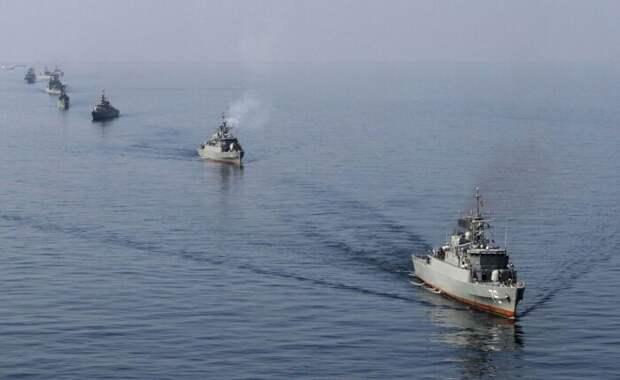 Четыре корабля Ирана «подрезали» два корабля ВМС США вПерсидском заливе