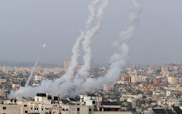 Бойцы ХАМАС выпустили 150 ракет поюгу Израиля вночь на14мая