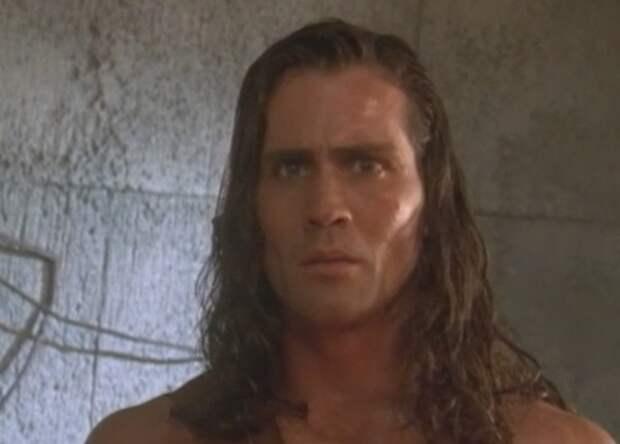 При крушении самолета погиб Джо Лара - Тарзан из сериала 90-х