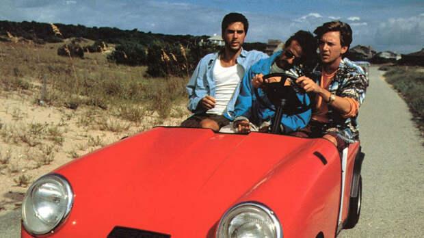 8 фильмов 80-х годов, которые приобрели популярность в СССР из-за их переводов