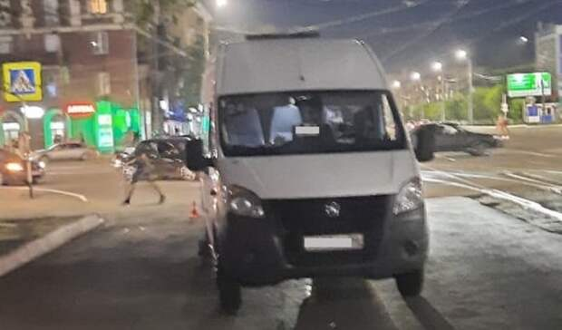 ВОрске девушка попала под колеса «Газели» напешеходном переходе