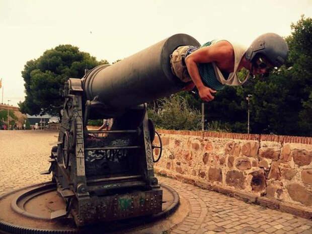 23. Любовь мужчин к военной технике безгранична в любом возрасте  мужчины впали в детство, смешно, фото