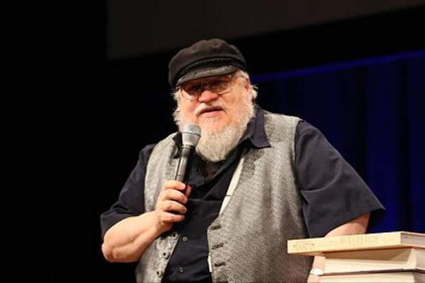 Автор «Игры престолов» назвал сроки выхода новой книги