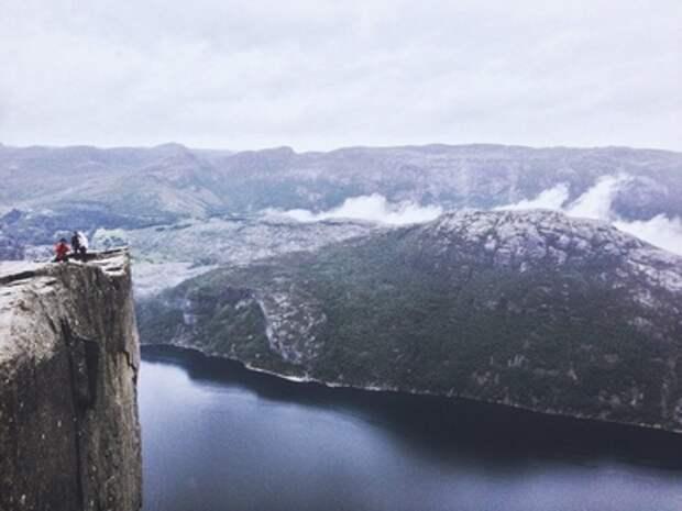 Что таится за следующим поворотом или Страна фьордов