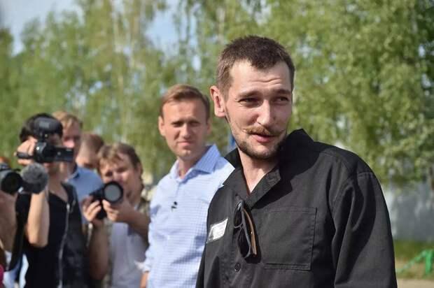 «Конченый человек, вороватая рожа»: брат Навального «поблагодарил» главврача омской больницы