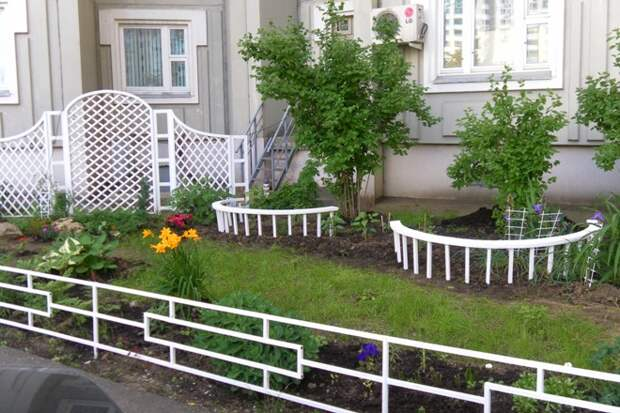 Ограждения для клумб: эстетика сада собственными руками (68 фото)