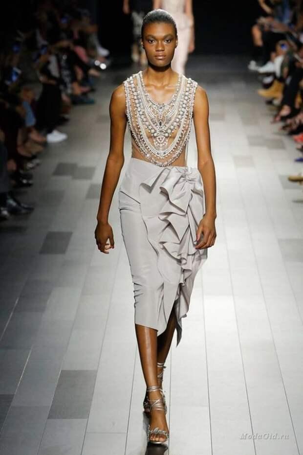 Модные модели юбок из коллекций 2018 года
