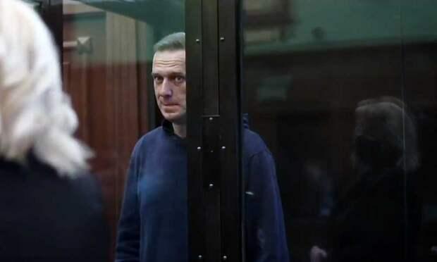 Врачи Навального: он очень плох, состояние критическое