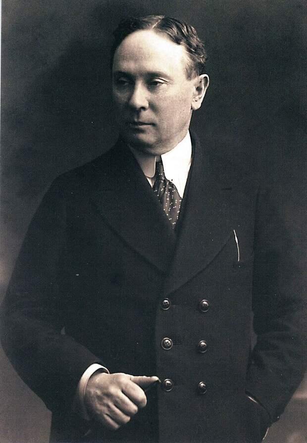 Николай Николаевич Синельников