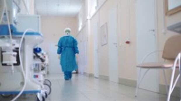 Брифинг по итогам заседания оперативного штаба  по борьбе с коронавирусом 15 июня: регулярное тестирование на коронавирус для работников отдельных сфер с 15 июля