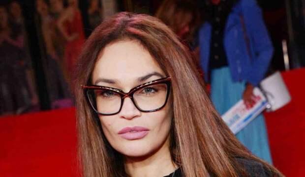 «Задеты все ткани»: лицо Водонаевой перекосило после операции