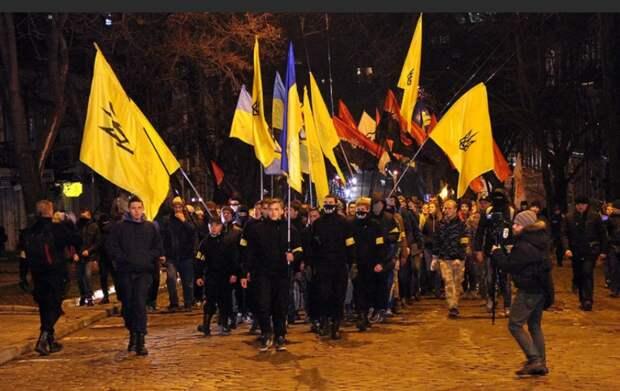 Недавно я упомянула о том, что украинизация берет в тиски каждого, кто легализован на...