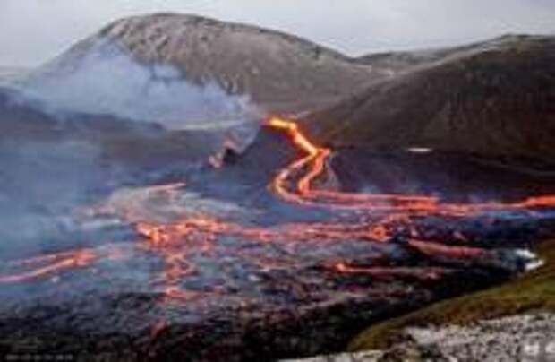 В Исландии произошло крупное извержение вулкана