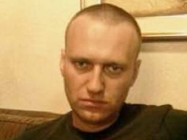 Адвокаты Навального жалуются на запрет на использование гаджетов на свиданиях