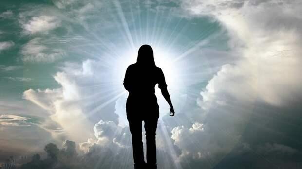 Женщина пережила клиническую смерть и рассказала о загробной жизни