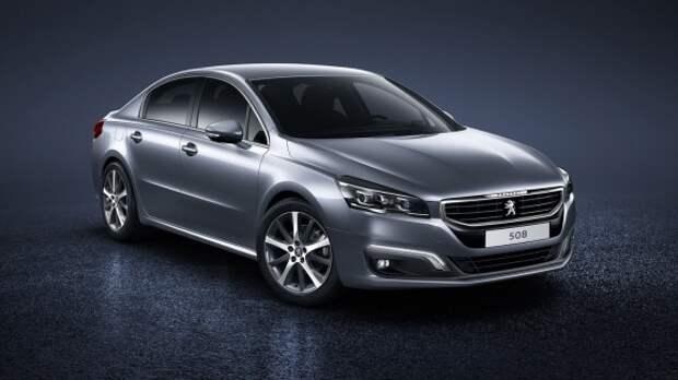 На смену Peugeot 508 придут два седана