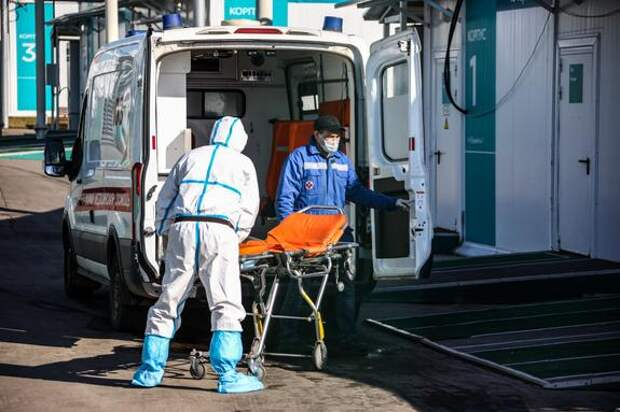 В России выявили более 9 тысяч новых зараженных коронавирусом, в Москве - 3105 случаев