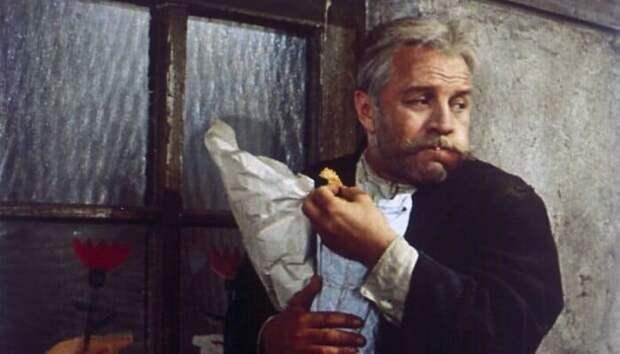 Михаил Ульянов в фильме *Бег*, 1970 | Фото: domkino.tv