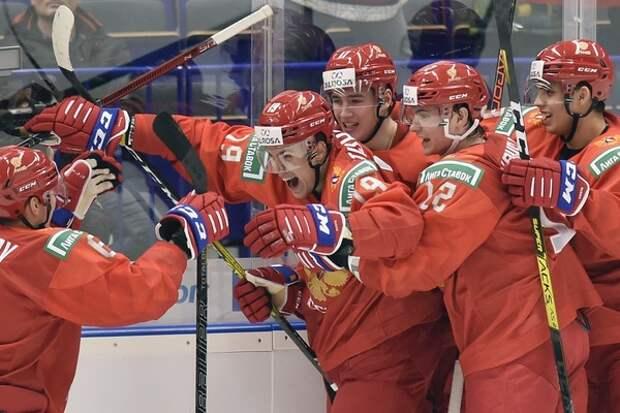 Третьяка поздравили с победой российских хоккеистов, а Канделаки объяснила - почему