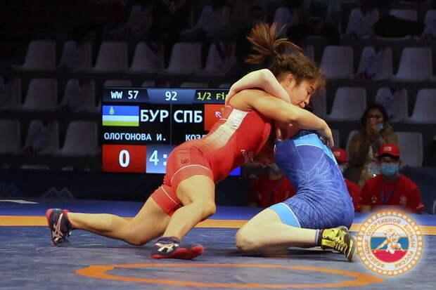 В Бурятии завершился чемпионат России по вольной борьбе среди женщин