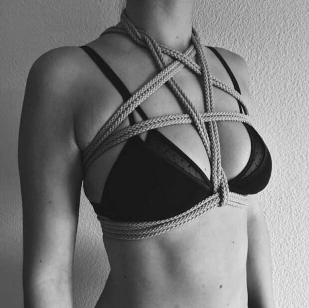 Веревка вместо украшений