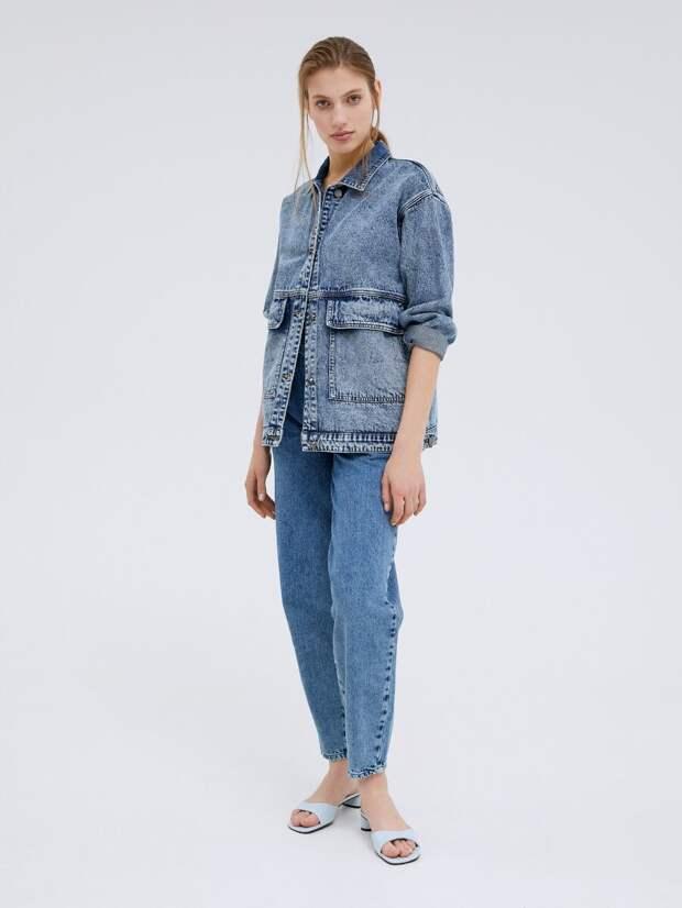 Гид по модным джинсам весеннего сезона 2021: разбираемся в материалах и фасонах