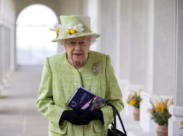 Эксперты заявили об «огромном богатстве» Елизаветы II