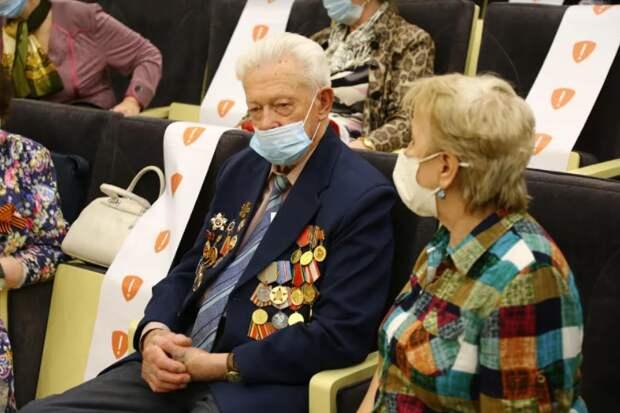 Петр Толстой: Следующие поколения сохранят уважительное отношение к Победе и ветеранам