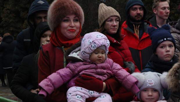 Более 200 тыс человек побывали в парках Московской области 8 марта