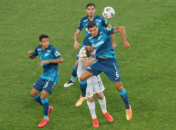 Главный тренер «Боруссии»: У «Зенита» очень глубокая скамейка. Помимо Малкома и Азмуна в команде есть ряд других классных игроков