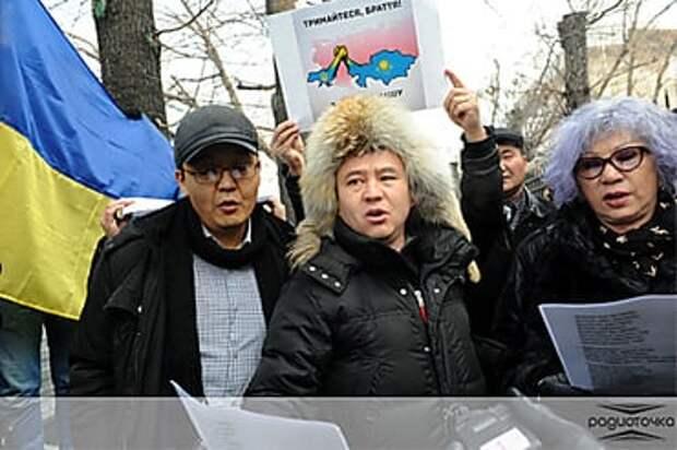 По всей Центральной Азии сейчас растут русофобские настроения, и это уже некий тренд, раскручиваемый...