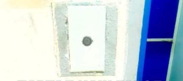 Кнопку вызова лифта починили в доме на Волочаевской