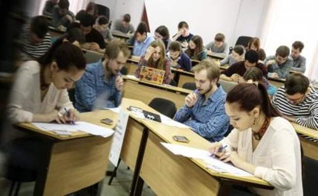 Нужно ли вернуть обязательное распределение выпускников вузов?