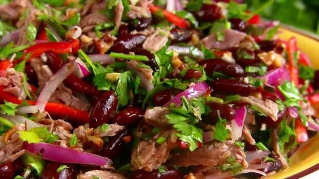 """Вкуснейший новогодний салат """"Тбилиси"""""""