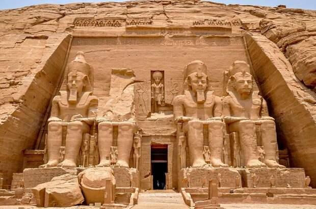 Храмы Абу Симпел - древнее наследие Египта. | Фото: foundtheworld.com.