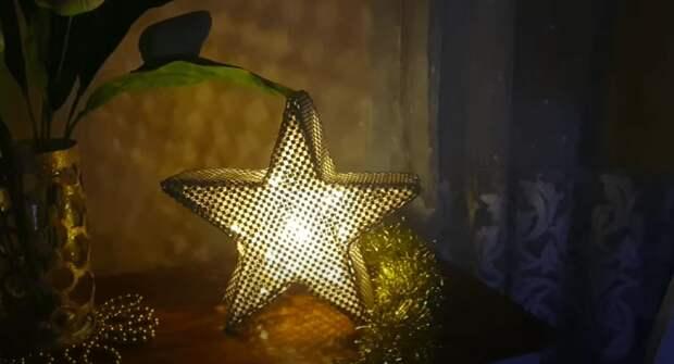 Уютное новогоднее украшение из деревянных шпажек. А еще великолепный декор