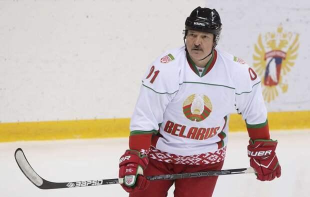 Александр Лукашенко считает, что судьи сломали игру «Динамо» в серии против СКА: «Это несправедливо и некрасиво». Комментарий Владимира Плющева