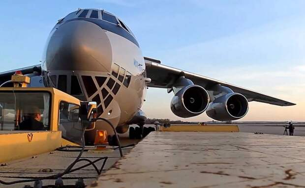Модернизированный транспортник Ил-76МД-90А поднимет на 12 тонн больше