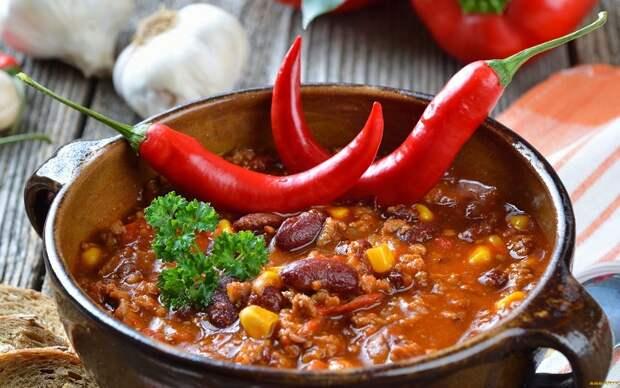 Мексиканское блюдо Чили кон карне. / Фото: artfile.ru