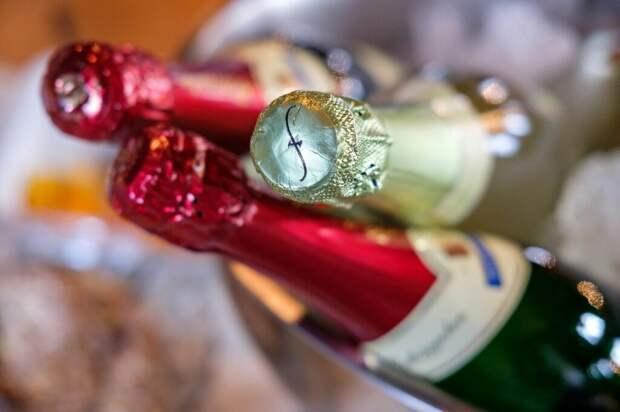 Поставки французского шампанского в Россию возобновятся с 15 сентября