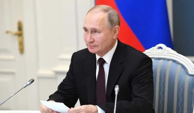 Песков о личной жизни Путина: Никакой завесы тайны нет