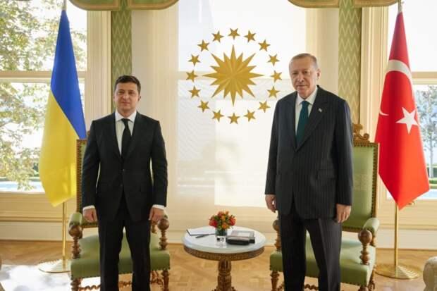 Российское авиазакрытие Турции назвали местью Эрдогану за Крым