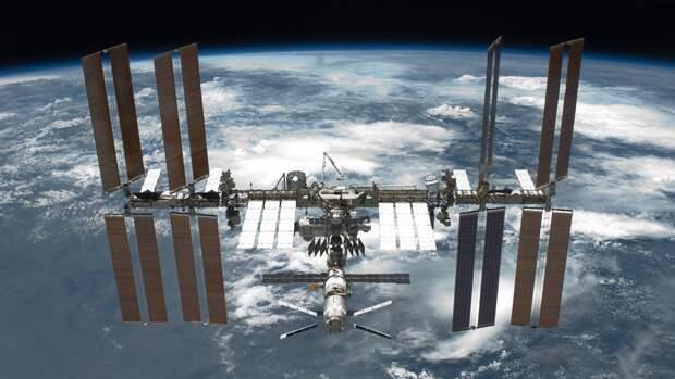 Семь тысяч тонн космического мусора могут угрожать действующим аппаратам