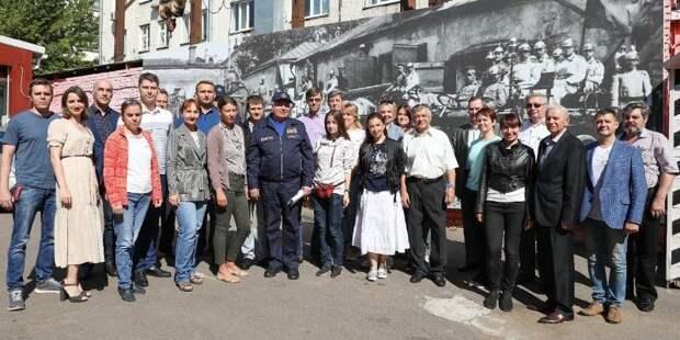 Столичные пожарные и спасатели отмечают годовщину создания МПВО