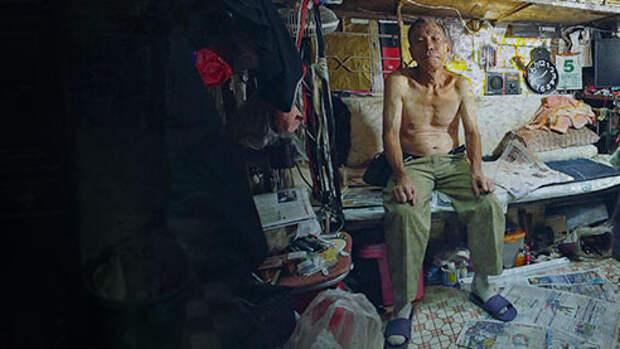 Жизнь в коробке. Почему в Гонконге живут в клетках вместо квартир