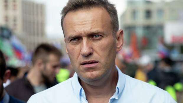 Российские знаменитости, которые возмутились сроком Навального